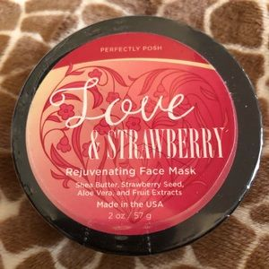 Love & Strawberry rejuvenating face mask